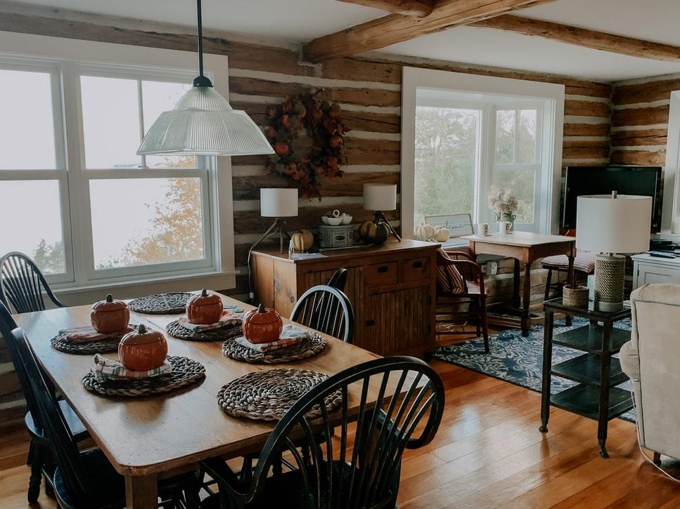 Les baies et fenêtres vitrées, quels avantages pour la maison ?